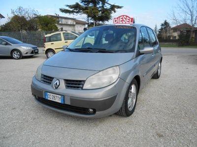 begagnad Renault Scénic 1.9 dCi Luxe Dynamique rif. 7255926
