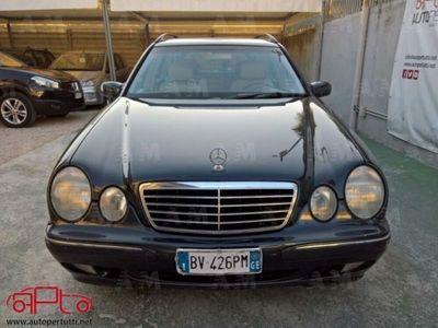 used Mercedes 240 Classe E Station Wagon2.6 V6 cat Avantgarde usato