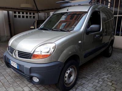 usado Renault Kangoo 1.6i 4X4 AUTOCARRO, 95 CAVALLI, GPL !