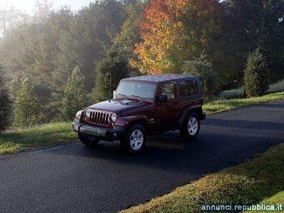 usata Jeep Wrangler 2.8 CRD DPF Sahara Auto Volla