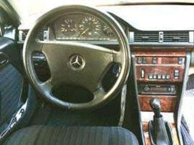 usata Mercedes 200 GPL