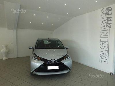 usata Toyota Aygo 1.0 VVT-i 69 CV 5 porte x-play