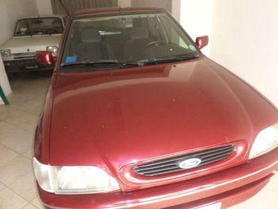 usata Ford Escort 1.4i cat 5 porte Ghia