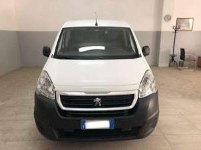 usata Peugeot Partner Tepee bluehdi 100 active diesel