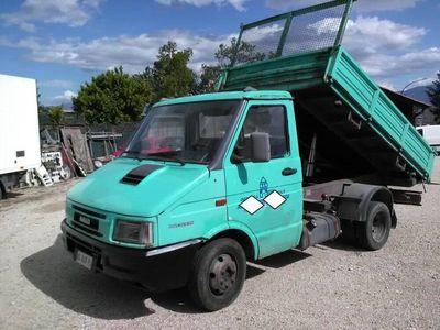 usata Iveco Daily 35.8 2.5 Diesel PC Cab. Basic del 1998 usata a Avezzano