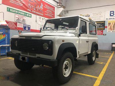 usata Land Rover Defender 90 turbodiesel Soft-top