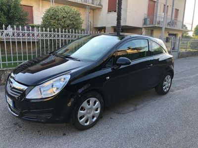usata Opel Corsa 1.2 3 porte Club