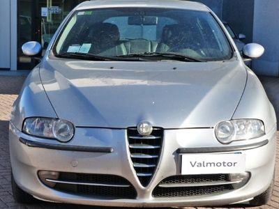 gebraucht Alfa Romeo 147 1471.9 JTD (115 CV) cat 5p. Distinctive