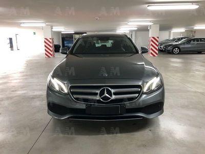 usata Mercedes 220 Classe E Station Wagond Auto Business Sport del 2017 usata a Siena