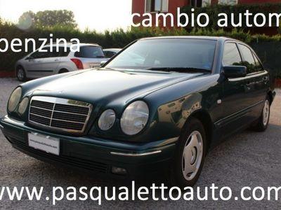 usata Mercedes E200 cat Elegance