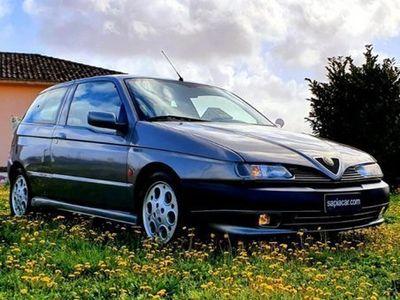 usata Alfa Romeo 145 2.0i 16V Twin Spark cat Quadrifog