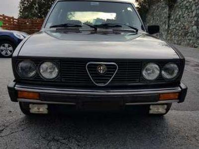 usata Alfa Romeo Alfetta Quadrifoglio oro
