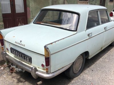 second-hand Peugeot 404