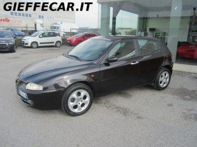 usata Alfa Romeo 147 1.6i 16V T.S. (105 CV) 5p. Distinctive