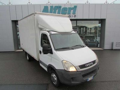 usata Iveco Daily 35C15 E4 Container 4300X2100 Cruise kg960