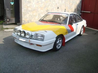 usata Opel Manta 2.0 GR.A