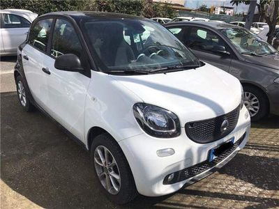 begagnad Smart ForFour 70 1.0 Youngster A PARTIRE DA 13.000 KM