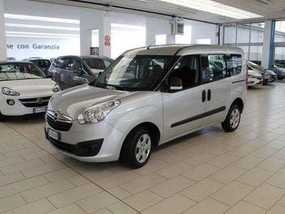 gebraucht Opel Combo Tour 1.6 CDTi 105CV PC-TA Cosmo