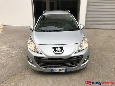 used Peugeot 207 benzina