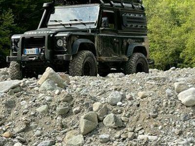 usata Land Rover Defender 2/4 posti leggere bene