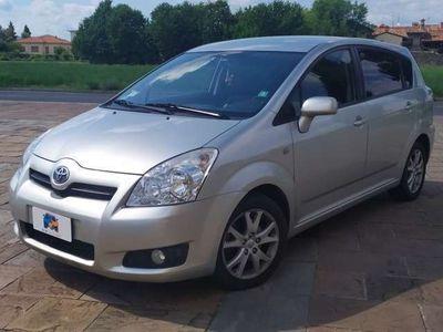 usata Toyota Corolla Verso 2.2 16V D-4D DPF Sol 7pti