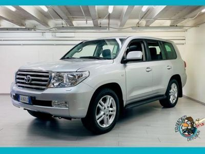 second-hand Toyota Land Cruiser V8 V8 4.5 D4-D 7 posti usato
