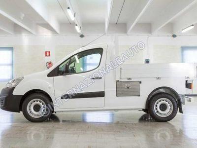 usado Peugeot Partner BlueHDi 100 L1 Pianale Cabinato