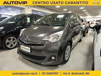 second-hand Toyota Verso-S 1.4D MT Style del 2013 usata a Torino