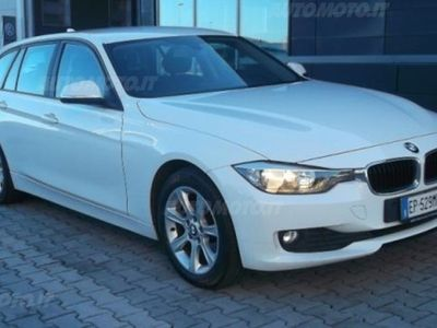 usata BMW 320 Serie 3 Touring d Business aut. del 2012 usata a Cecina
