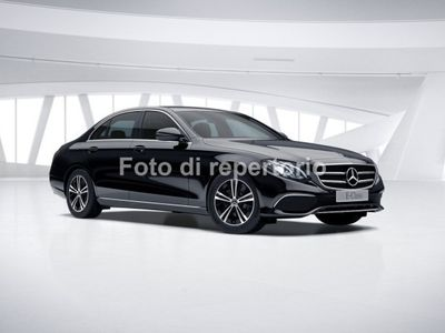 usado Mercedes E220 Classe E E 220Auto BUSINESS SPORT