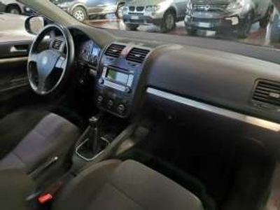 usata VW Jetta 1.6 16V FSI Sportline