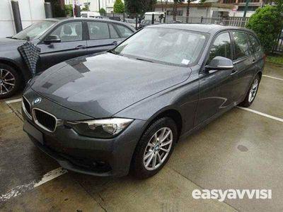 begagnad BMW 316 Serie 3 Touring d Business Advantage aut. usato
