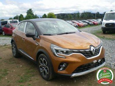 usata Renault Captur tce 12v 100 cv intens ufficiale italiana