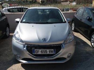 used Peugeot 208 - 2014