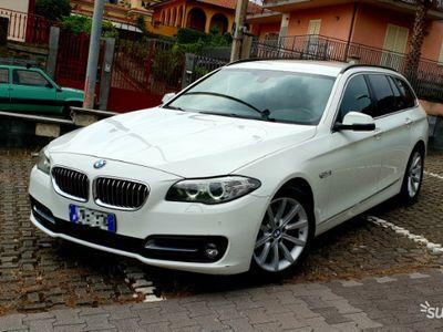 usata BMW 520 D Touring Luxury 2015