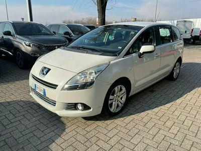 usata Peugeot 5008 automatica *per commerciante