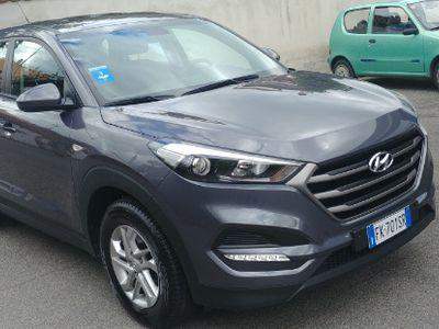 second-hand Hyundai Tucson 1.7 cc crdi comfort