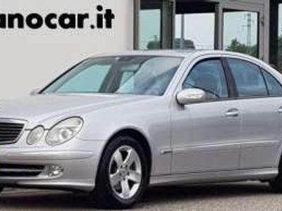 usata Mercedes E240 cat Avantgarde GPL pelle km. certificati Benzina