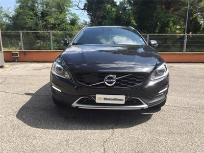 used Volvo V60 CC D4 AWD Geartronic Summ