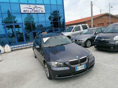 usata BMW 330 xd Touring Futura