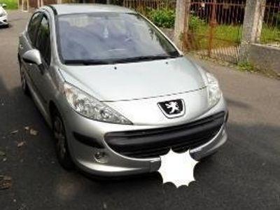 used Peugeot 207 1.4 88CV 5p. XT