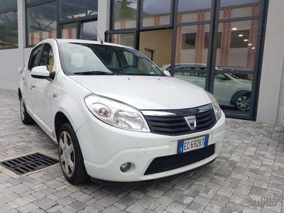 usata Dacia Sandero GPL 5 PORTE - 2010