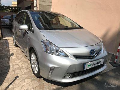 begagnad Toyota Prius+ 1.8 lounge bianca rate e permute