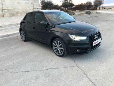 usata Audi A1 spb 1.6 tdi s line fari xeno neopatentati