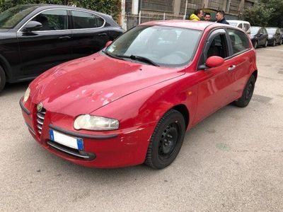 usata Alfa Romeo 147 1.9 JTD 115 CV 5 PORTE