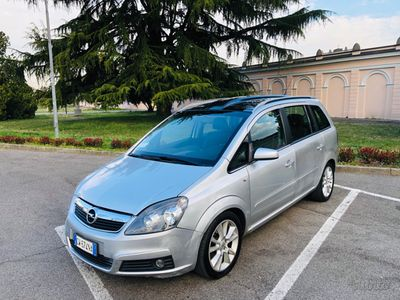 usata Opel Zafira 1.9 CDTI 7 posti