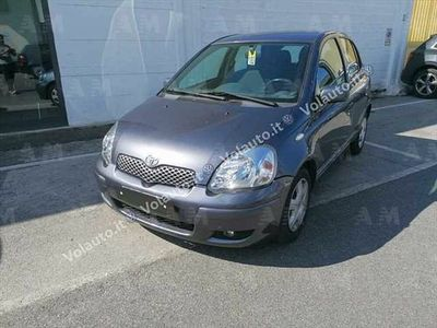 usata Toyota Yaris 16V cat 3 porte Sol Blue del 2004 usata a Montecatini-Terme