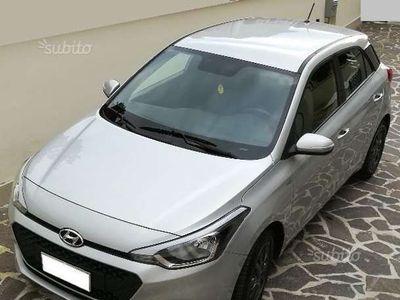 usata Hyundai i20 1.2 84 CV 5 porte Blackline