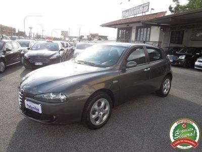 usata Alfa Romeo 147 1.9 JTD (120) 5 porte Distinctive rif. 13429274