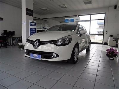 usata Renault Clio 1.2 75CV 5 porte Wave OK NEOPATENTATI